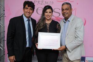 Camila Moura é homenageada com o Prêmio Elas por Elas em Cruz das Almas (BA)