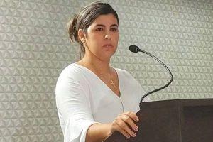 Projeto de Camila Moura inclui o ensino de Libras nas escolas de Cruz das Almas (BA)