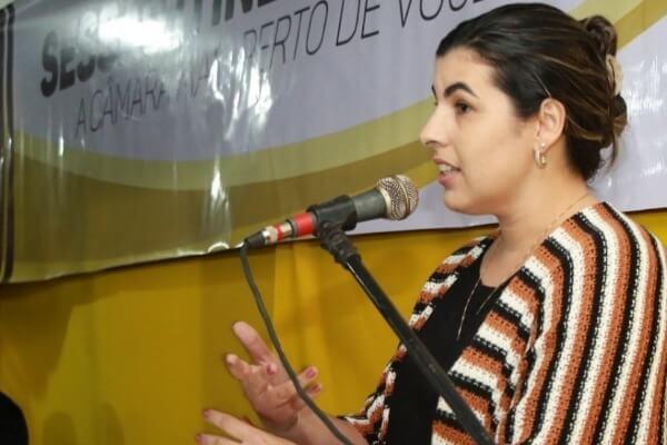 Camila Moura participa de sessão itinerante em Cruz das Almas