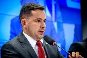 Capitão Alberto Neto alerta para proposta que pode prejudicar a Zona Franca