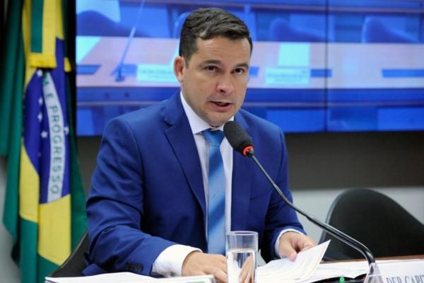 Projeto prorroga incentivos da Zona Franca e de outros 151 municípios