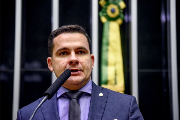 Impactos da privatização da Amazonas Energia é tema de audiência na Câmara