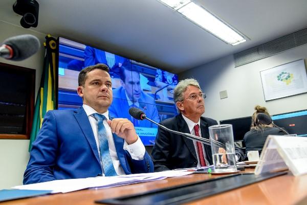 Impactos na privatização da Amazonas Energia são discutidos em audiência