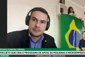 """""""É o pequeno empresário que vai tirar o país dessa crise"""", diz Capitão Alberto Neto"""