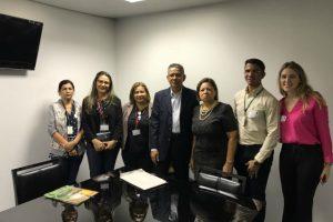 Carlos Alberto se reúne com representantes do Projeto Reeducar