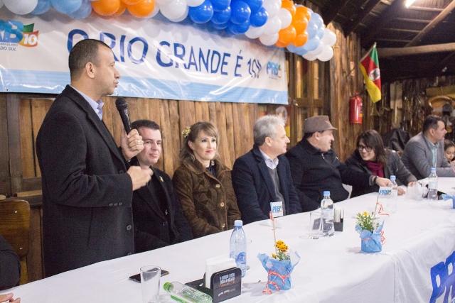 carlos-gomes-prb-pre-candidatos-gravatai-rs-foto-tatiane-cassel-15-06-16