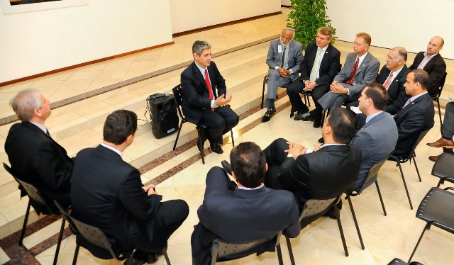 carlos-gomes-prb-andre-abdon-roberto-sales-prb-jony-marcos-prb-grupo-parlamentar-brasil-israel-foto-douglas-gomes-20-03-15-02