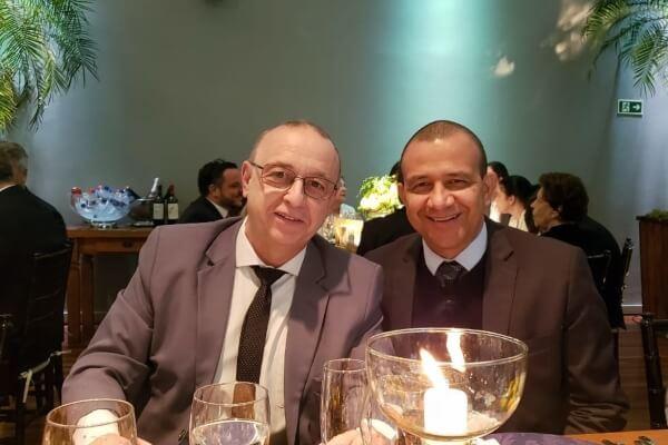 Carlos Gomes convida Nando Gross para se filiar ao Republicanos