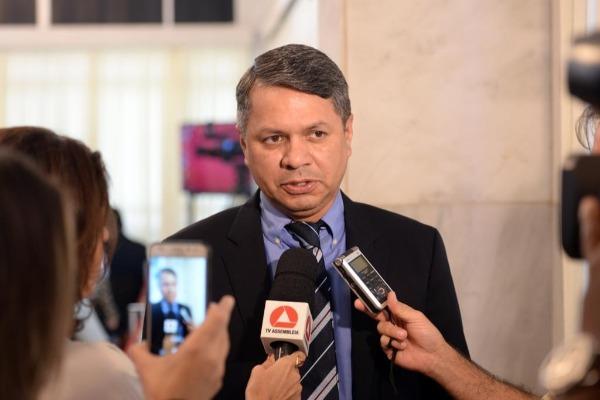 Carlos Henrique quer debater suspensão da Lei de Incentivo ao Esporte em MG