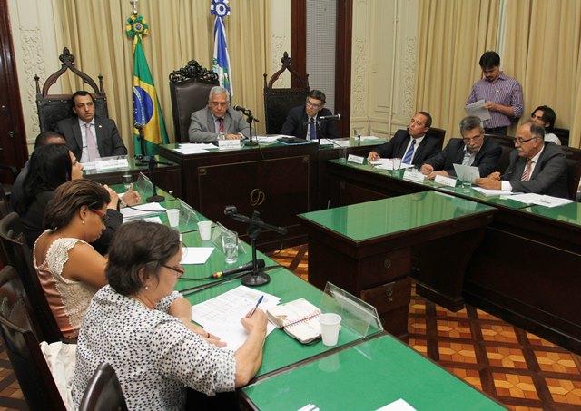 carlos-macedo-prb-punicao-dos-municipios-que-descumprirem-o-piso-da-educacao-basica-foto-ascom-14-08-15-02