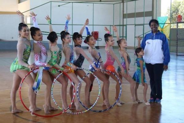 Estrangeiros conhecem Centro Olímpico no Distrito Federal