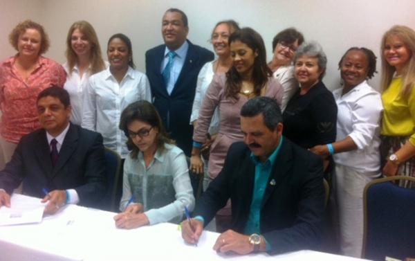 Prefeitura de Itabuna assina adesão aos objetivos do milênio