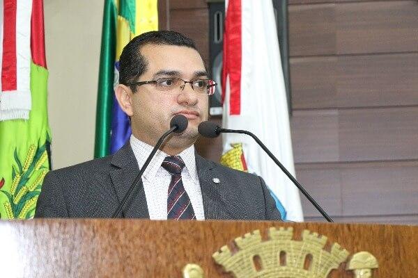 Claudinei Marques defende aprimoramento do transporte de Florianópolis