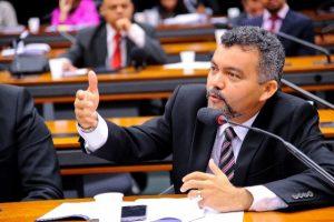 Cleber Verde defende direitos de garimpeiros e municípios no novo Código de Mineração