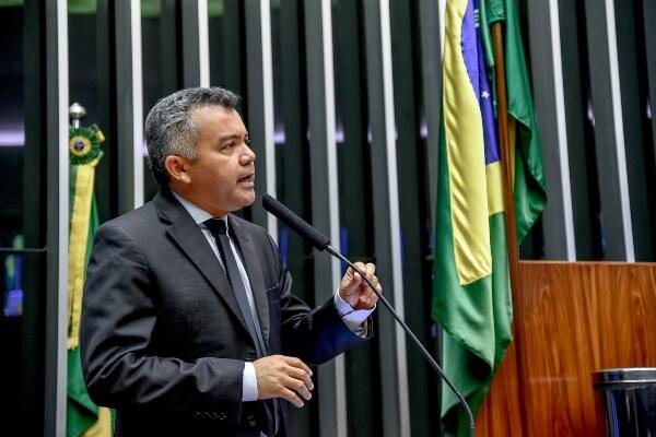 Cleber Verde destaca empenho do Congresso no incentivo à pesca