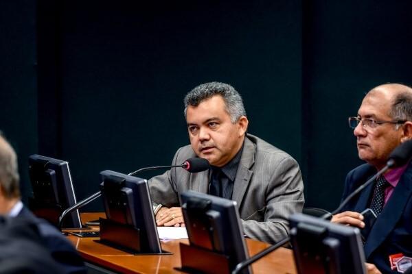 Cleber Verde propõe acréscimo de 25% à aposentadoria de idosos