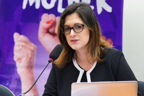 Projeto de combate à violência contra a mulher será lançado em Brasília