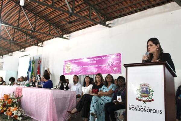 Cristiane Britto debate ações de combate ao feminicidio em Mato Grosso