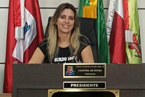 Projeto de Cristina Sousa visa melhorar serviços de saúde pública em São José (SP)