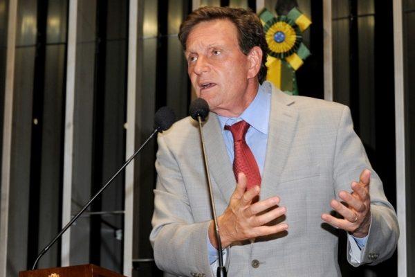 O senador republicano Marcelo Crivella (PRB-RJ) é o novo Ministro da Pesca e Aquicultura