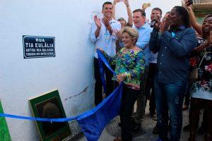 Crivella inaugura espaço cultural e homenageia fundadora do Império Serrano