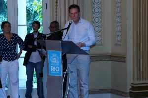 Crivella anuncia pacote de R$ 100 milhões para conservação e zeladoria