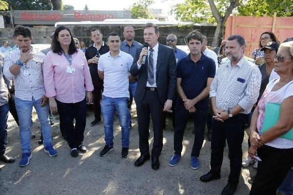 Crivella lança pedra fundamental de centro para exames em Santa Cruz