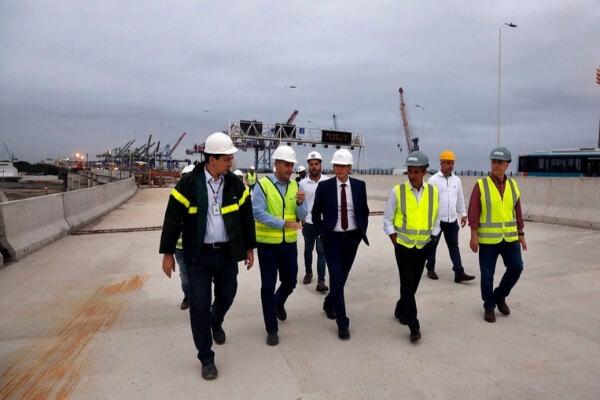 Crivella visita obra que ligará ponte Rio-Niterói à Linha Vermelha