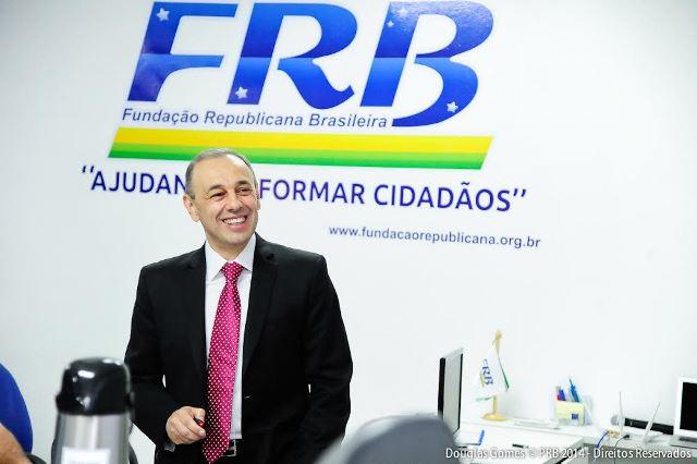curso-da-fundacao-republicana-capacita-novos-presidentes-estaduais-do-prb-foto-douglasgomes-03-12-14-02