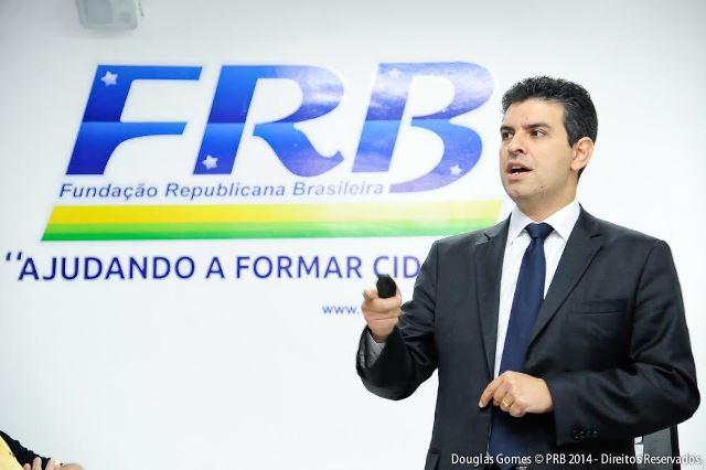 curso-da-fundacao-republicana-capacita-novos-presidentes-estaduais-do-prb-foto-douglasgomes-03-12-14-03
