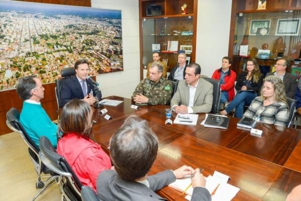 Daniel Guerra empossa representantes de entidades no Conseplan