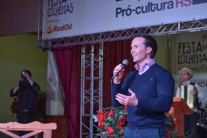 Daniel Guerra participa do Filó das Embaixatrizes na comunidade da Terceira Légua