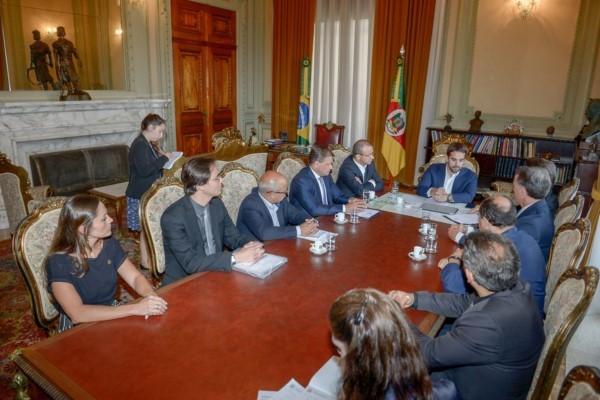 Daniel Guerra pede apoio do Estado para concretização do Aeroporto de Vila Oliva