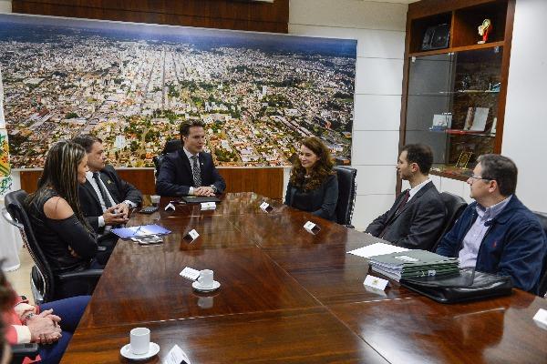 Prefeitura e Ministério Público selam parceria para otimizar atendimento à população