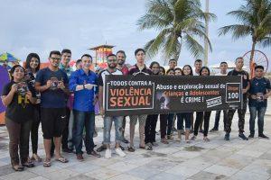 David Durand participa de caminhada contra a exploração sexual de menores no Ceará