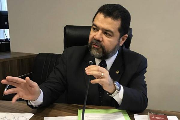 Deputado Edson Praczyck garante recursos para a saúde de 12 municípios paranaenses