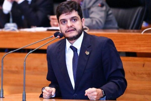 """Delmasso propõe a criação do projeto """"Adote uma Lixeira"""""""