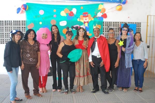 Vereadora Denise Almeida prestigia inauguração de biblioteca em Olinda