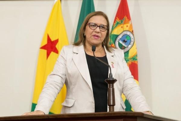 Doutora Juliana quer cota habitacional para mulheres vítimas de violência doméstica