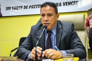 Edesio Fernandes promove palestra sobre o Novembro Azul em Porto Velho