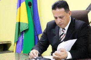 Edesio Fernandes é eleito presidente da Comissão de Meio Ambiente
