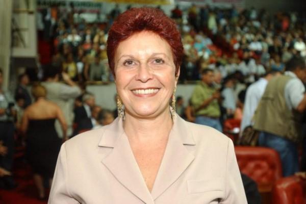 Edna Macedo retorna à política para defender a saúde, segurança pública e família