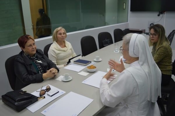 Edna Macedo destinará R$ 450 mil para Casa de Saúde Santa Marcelina