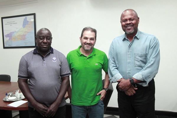 Eduardo Lopes se reúne com vereador João Mendes e Tiãozinho do Jacaré
