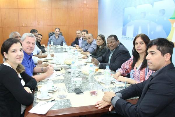 Eduardo Lopes reúne coordenadores e conselho político no Rio