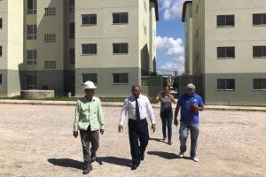 Eli Riberio vai a Brasília buscar soluções para habitações de Feira de Santana