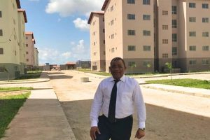 Eli Ribeiro parabeniza prefeitura por facilitar acesso de moradores ao Ensino Superior