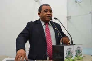 Eli Ribeiro promove solenidade em comemoração ao Dia Consciência Jovem