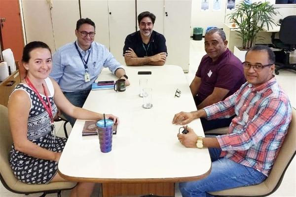 Eli Ribeiro vai a Brasília tratar sobre regularização fundiária