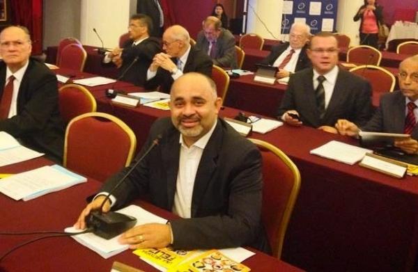 em-reuniao-do-parlasul-george-hilton-defende-integracao-regional-entre-paises-membros-foto-divulgacao-10-11-2014